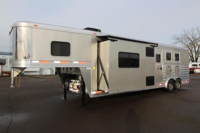 NEW 2019 Exiss 8312 - 3 Horse Trailer with 12' L.Q. Short Wall w/ Slide-out - Lined and Insulated Horse Compartment - All Aluminum - Drop Down Tail Side Windows - Easy Care Flooring PRICE REDUCED $3000