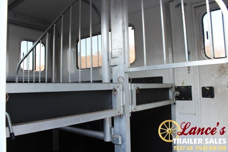 2002 Merhow 15 Ft. 2 Horse Straight Load Trailer