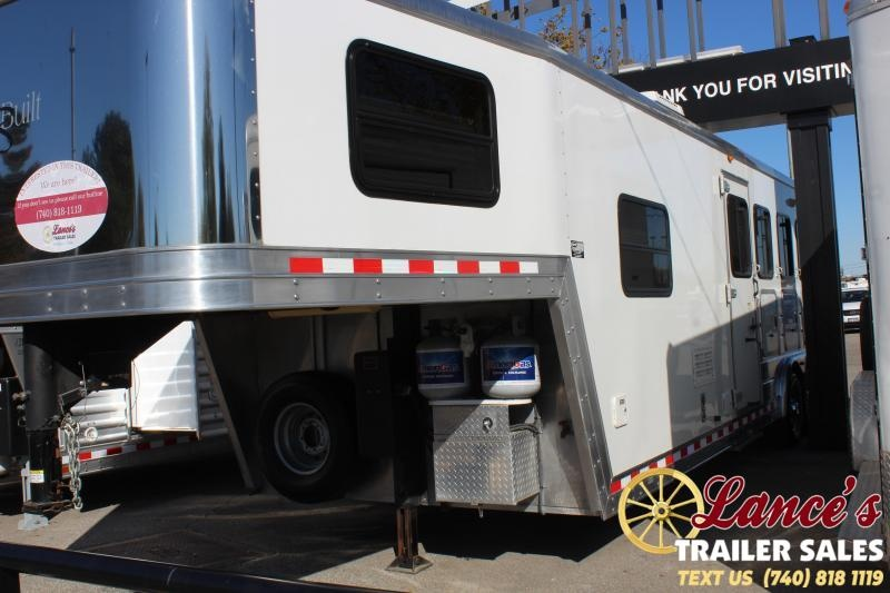 2008 Kiefer Built 8410LQ Horse Trailer