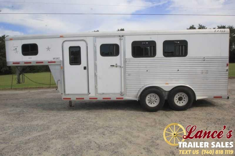 2006 Exiss Trailers SPORT-300 Horse Trailer
