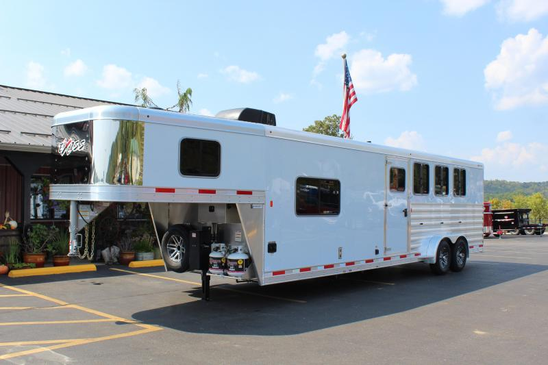 2020 Exiss Express CXF 4 Horse w/ 11' Shortwall Living Quarters