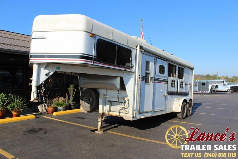 Used 1994 Sundowner Horse Trailer