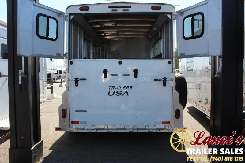 2017 Trailers USA Inc. M3HSL Horse Trailer