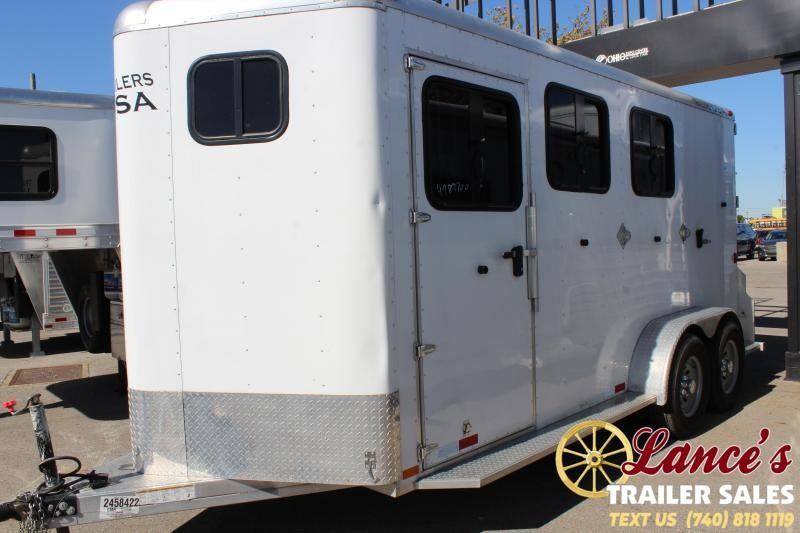 2017 Trailers USA Inc. M3HSL Horse Trailer