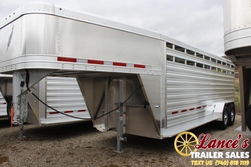 2020 Featherlite 8117-6720 Livestock Trailer
