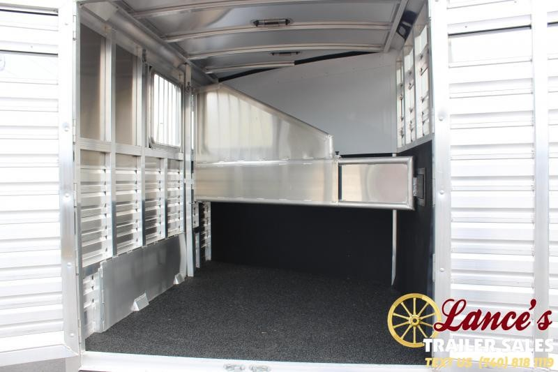 2020 Exiss Express CXF 2 Horse slant Load Living Quarters Trailer