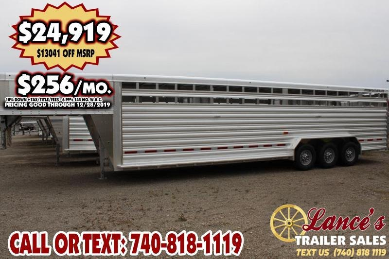 2020 Featherlite 30Ft. Tri-Axle Livestock Trailer
