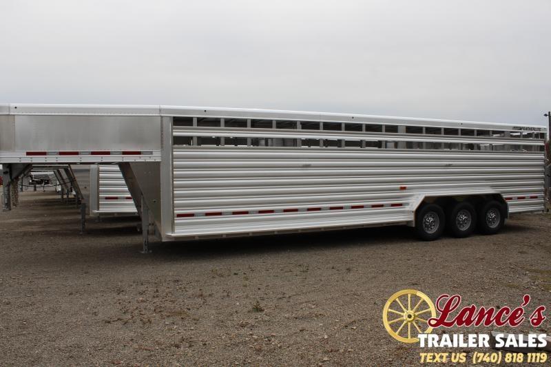 2020 Featherlite Tri-Axle 8127 Livestock Trailer