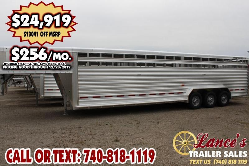 2020 Featherlite Tri-Axle 8127 Livestock Trailer