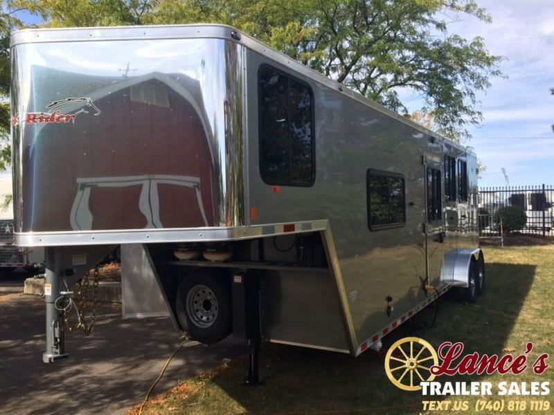2020 Harmar 3 Horse Slant Living Quarters Trailer