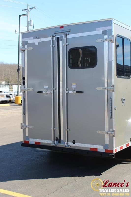 * DEMO*  2020 Harmar 2 Horse Slant Load Living Quarters Trailer