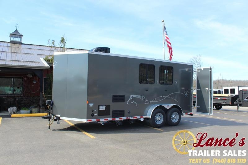 DEMO -2020 Harmar 2 Horse Slant Load Living Quarters Trailer