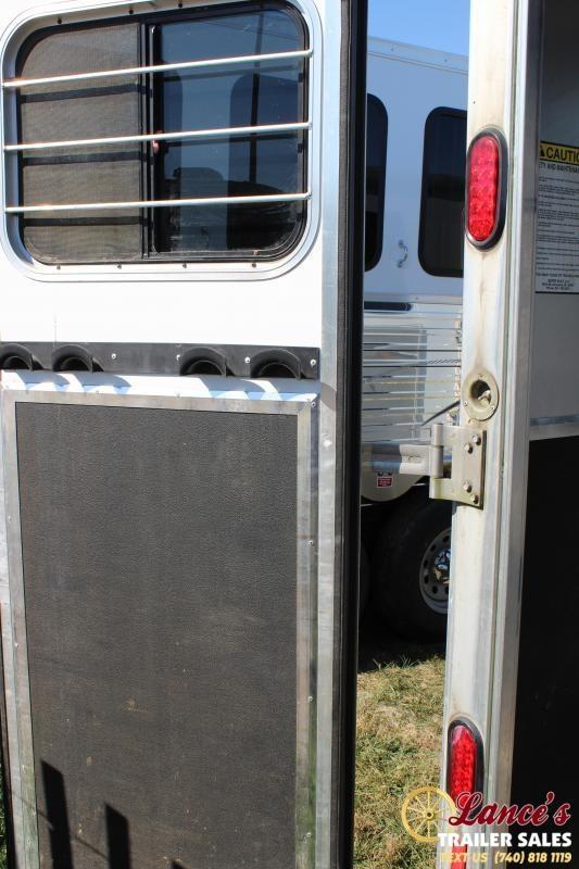 2007 Kiefer Built 2 HORSE SLANT LOAD Horse Trailer