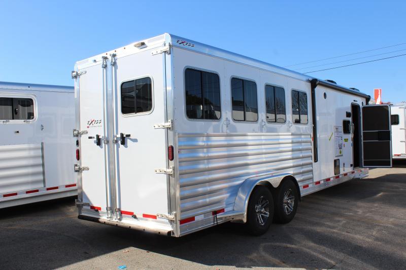 2020 Exiss Escape - 7'-wide- 4 Horse w/ 10' Shortwall with Slide Living Quarters