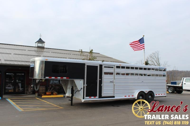 2010 Cimarron 24Ft. Livestock Trailer