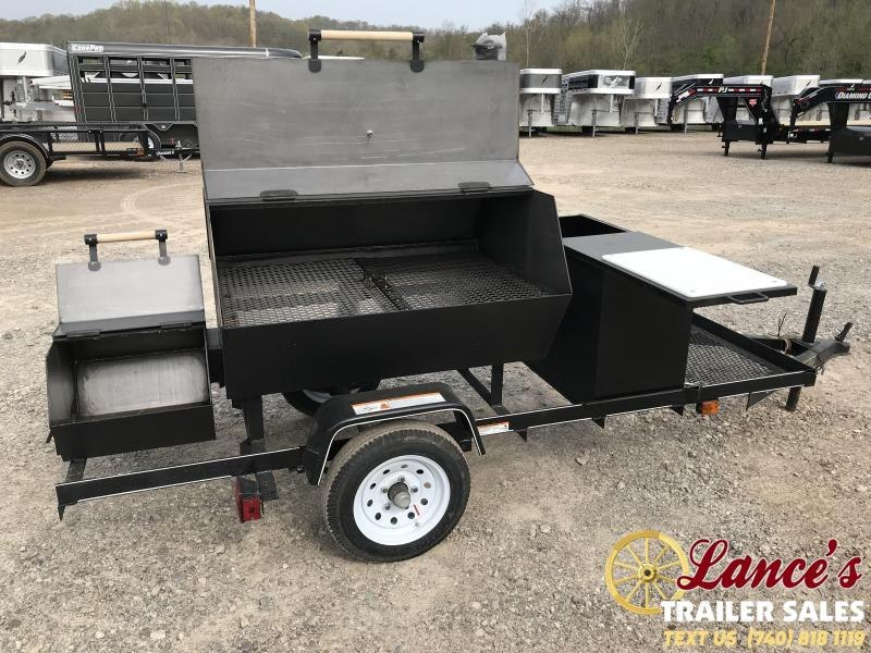 2019 Carry-On Smoker Grill BBQ