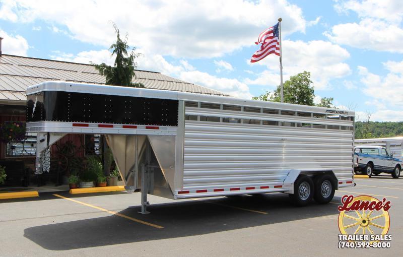 2020 Featherlite 8117 20' Livestock Trailer