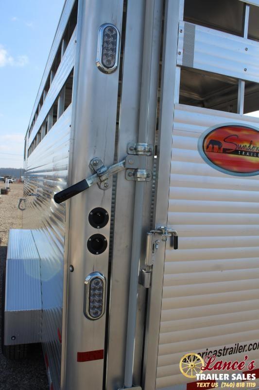 2020 Sundowner 20Ft. Livestock Trailer
