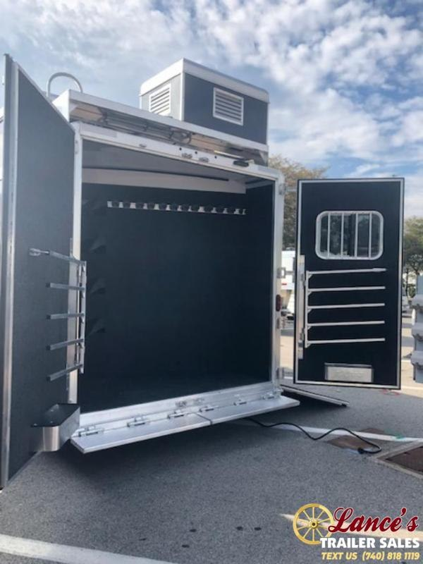 2020 Exiss Trailers Endeavor 8416 LQ Horse Trailer with Glide