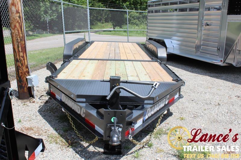 2020 Diamond C 22 ft. Tri-Axle Equipment Trailer