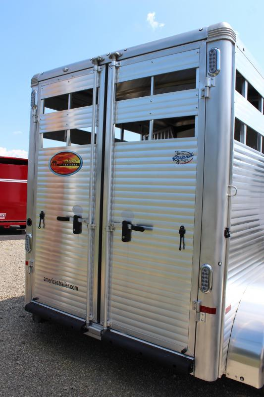 2020 Sundowner Trailers Stockman Special 2HBP Horse Trailer