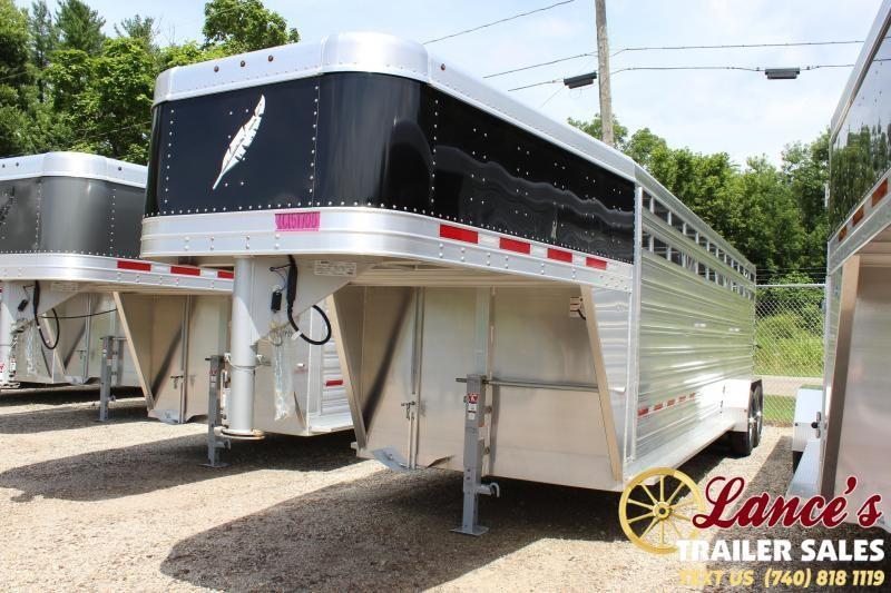 2020 Featherlite 8117-6724 Livestock Trailer