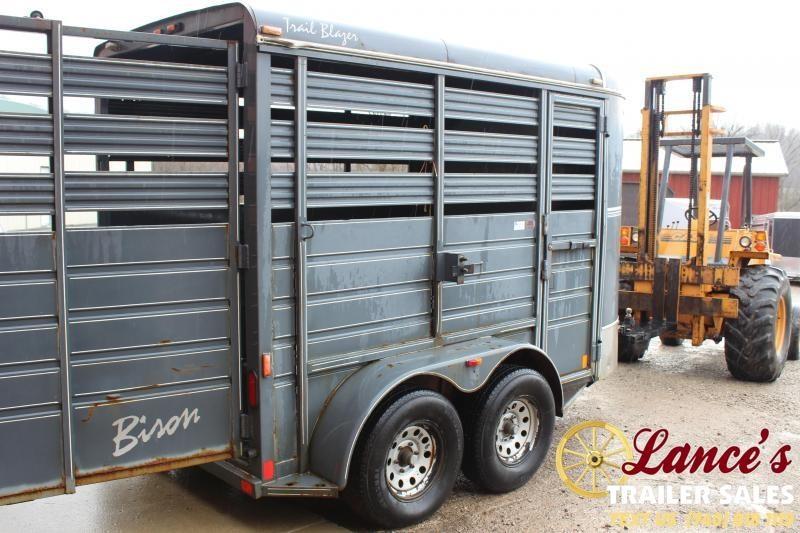 2000 Bison Trailers Trail Blazer Livestock Trailer
