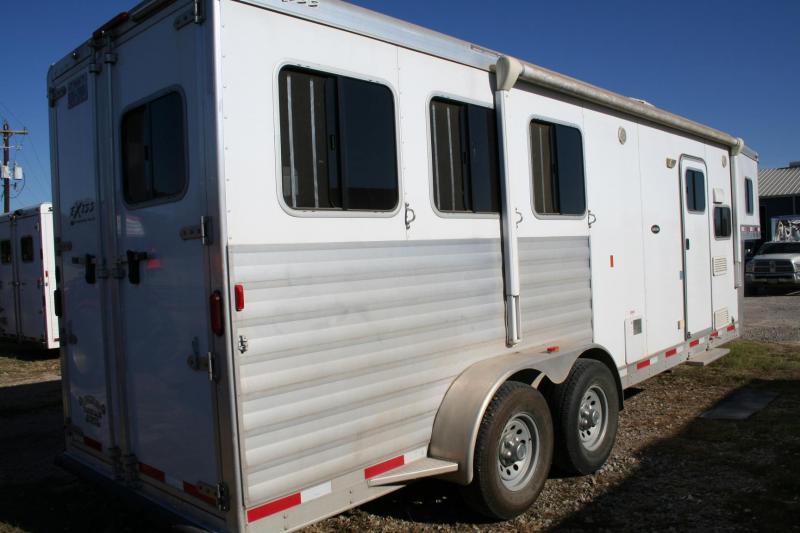 2015 Exiss Trailers Sierra Horse Trailer