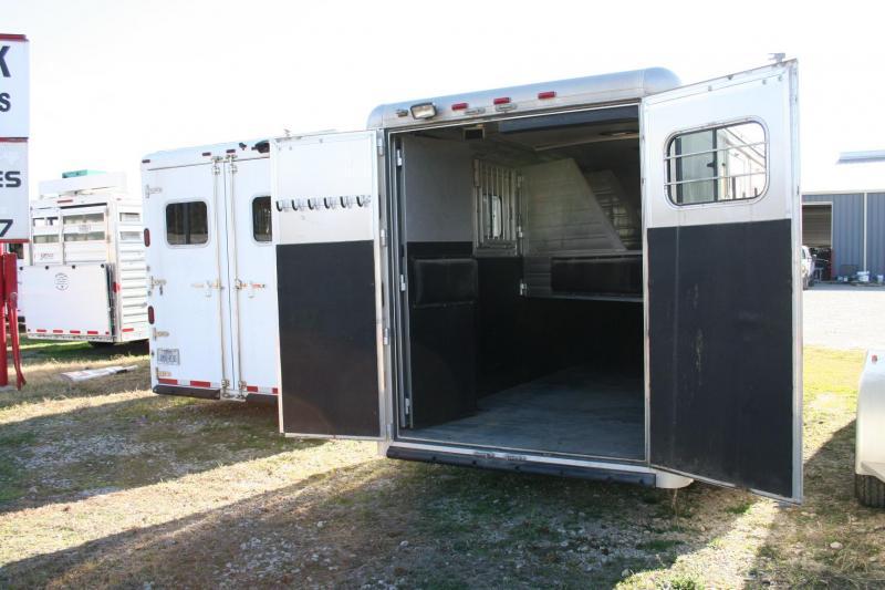 2013 Hart Trailers 3 Horse Horse Trailer