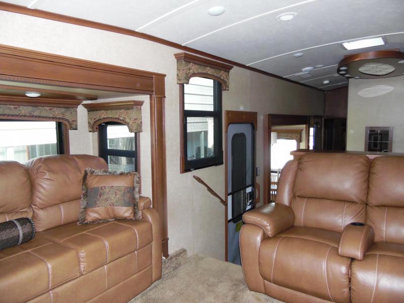 2015 Jayco Other 38 FLSA Fifth Wheel Campers RV