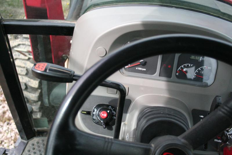 2012 Mahindra 6110 Tractor