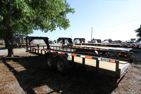 2018 Top Hat 24' GN Lowboy Trailer