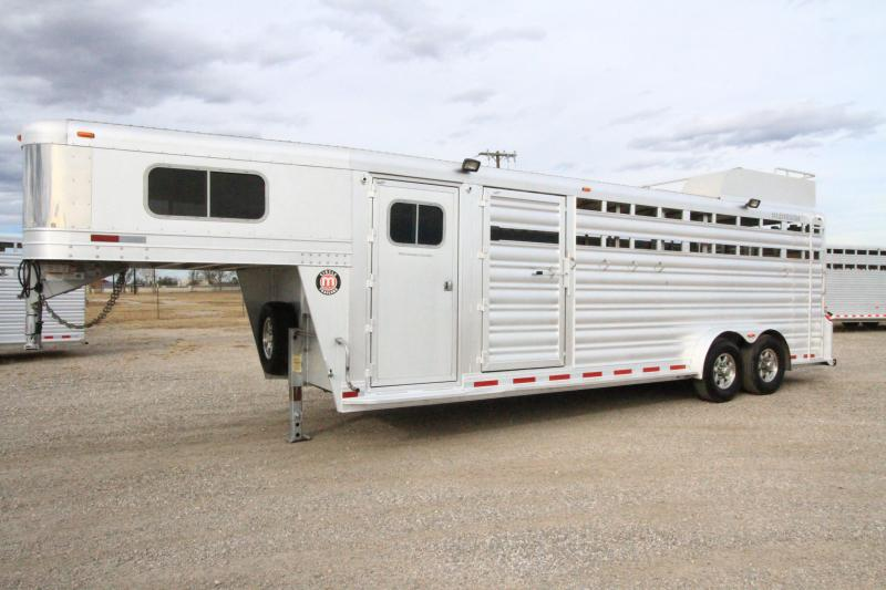 2017 Platinum Coach Stock Horse Trailer