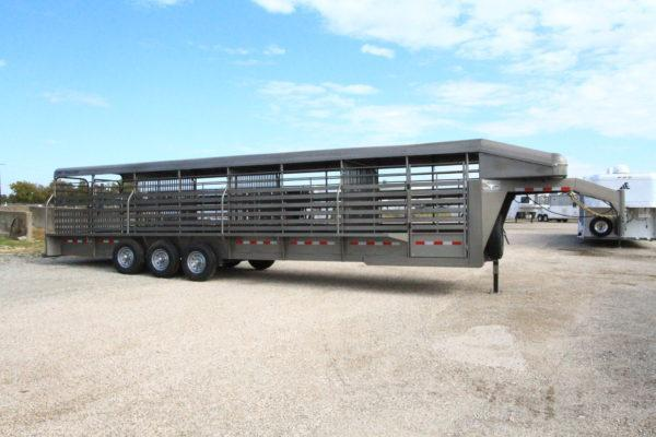 2019 CM Brush Buster GN 32' Stock Trailer