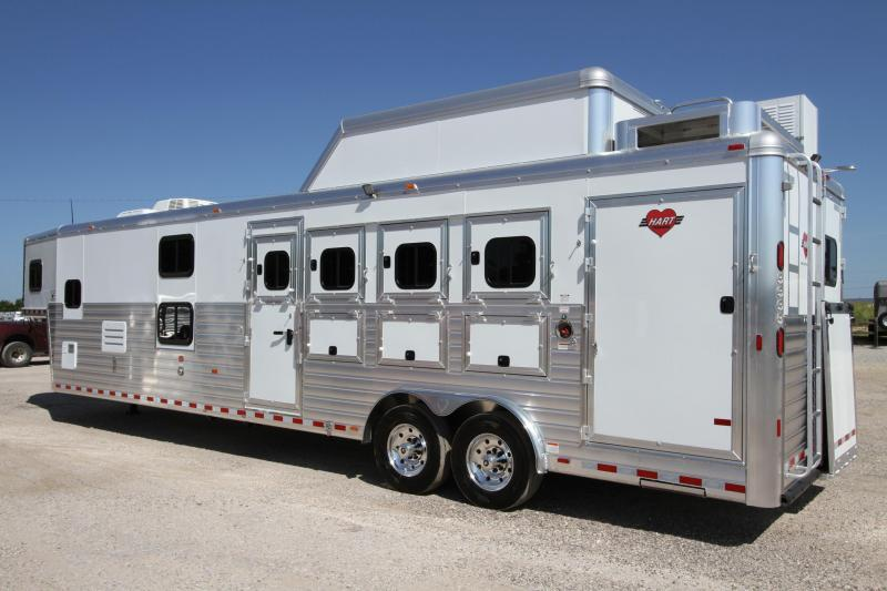 2017 Hart Tradition 4 Horse 14' SW Outlaw LQ Trailer