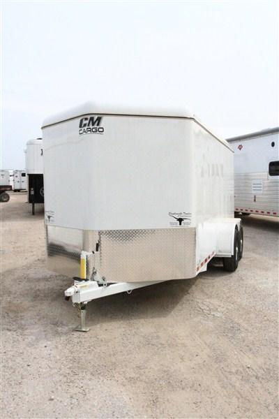 2019 CM Cargo Mate 16' BP V-Nose Enclosed Cargo Trailer