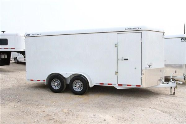 2019 CM Cargo Mate 16' BP V-Nose Enclosed Cargo Trailer