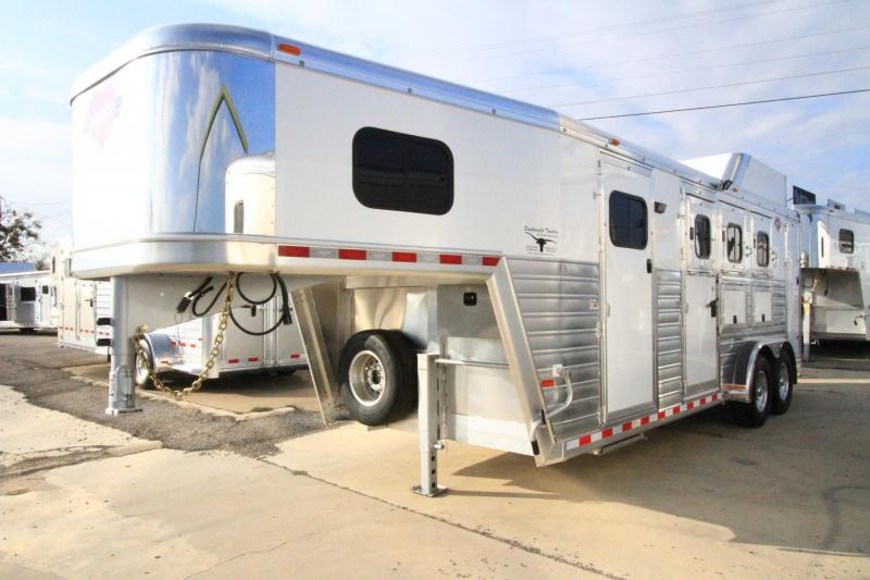 2017 Hart Trailers Tradition 3H/GN - Smart Tack Horse Trailer