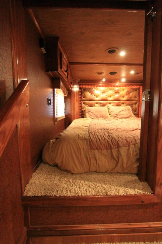 2011 Hart Trailers Tradition Horse Trailer