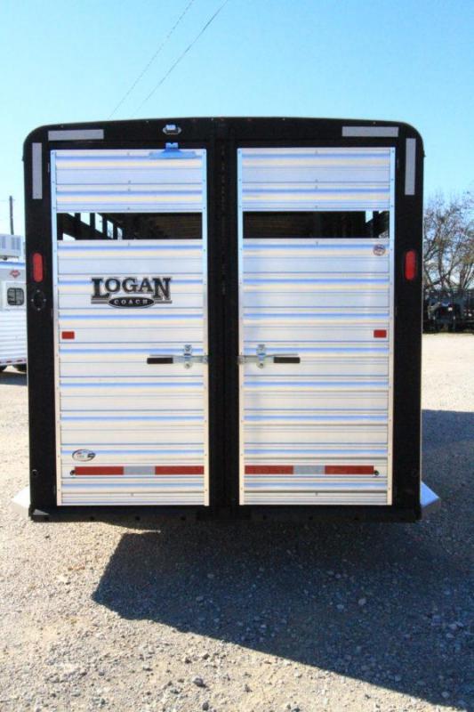 2017 Logan Coach 20' GN Stock Trailer