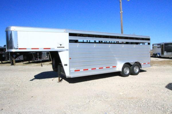 2017 Logan Coach 20' GN Stock Trailer