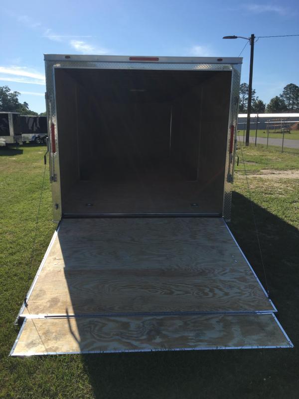 2019 8.5X26 Tandem Axle Enclosed Cargo Trailer