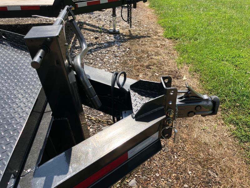 2019 Diamond C Trailers HDT207 20X82 Equipment Tilt Trailer