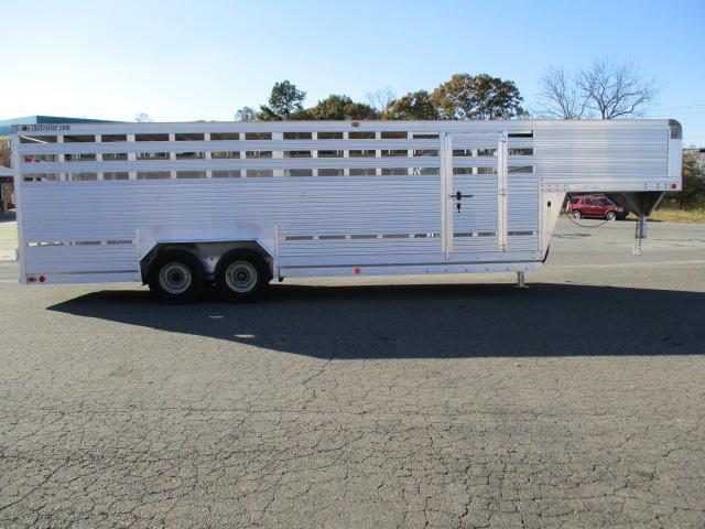 1993 EBY 24ft Livestock Trailer