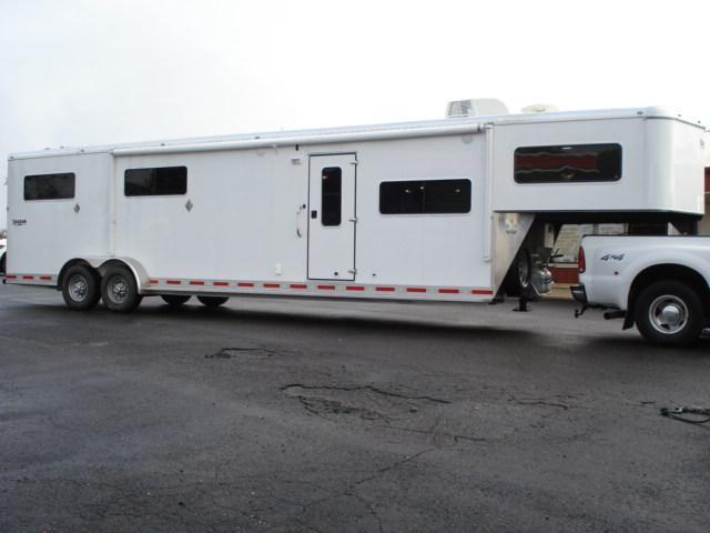 2008 Shadow Trailers GN 4H SL LQ Horse Trailer