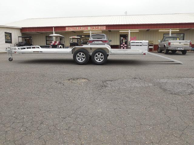 2017 Aluma 8220HWB Car / Racing Trailer