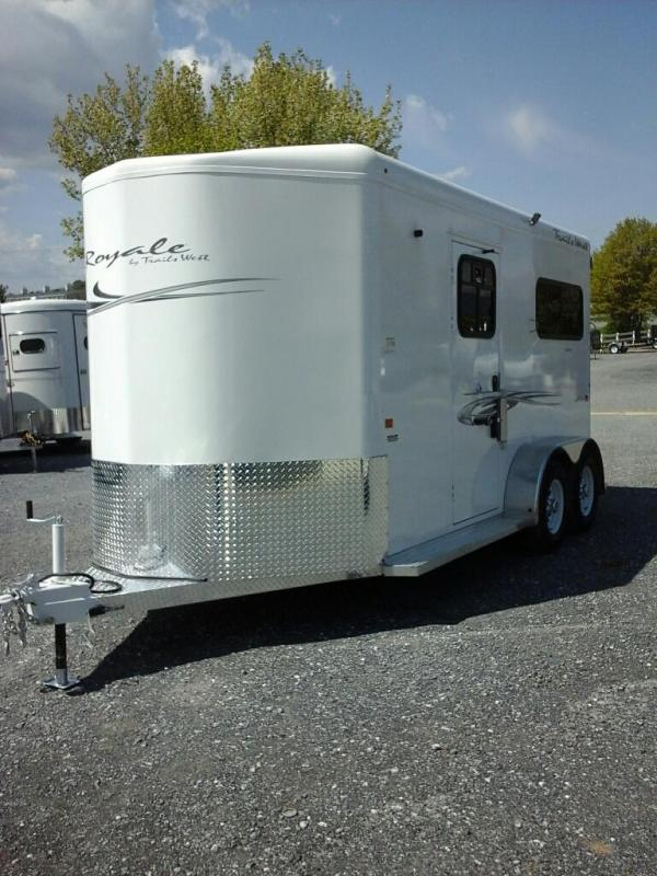 2020 Trails West Royale BP Plus Horse Trailer