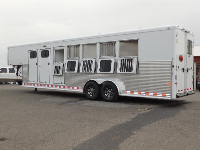 Clearance 2015 Sundowner Trailers 5H Rancher Horse Trailer