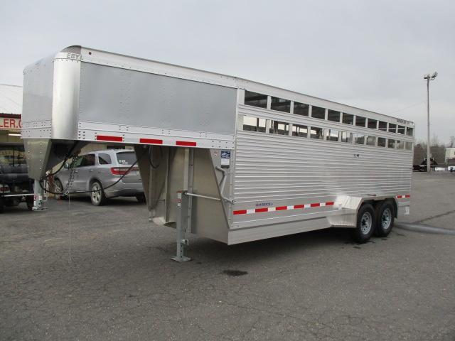 2019 EBY 20ft Maverick LS Livestock Trailer