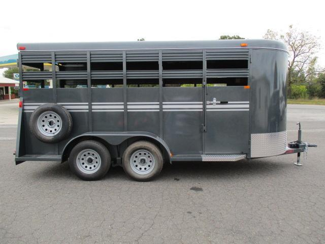 2020 Bee Trailers 16 Stock Livestock Trailer